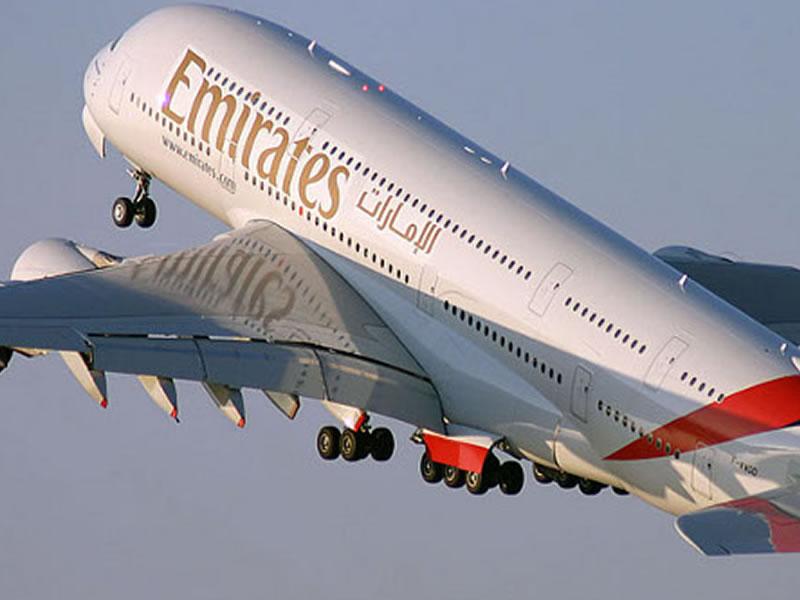 emirates-aeroplane